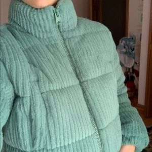 urban outfitters puffer jacket